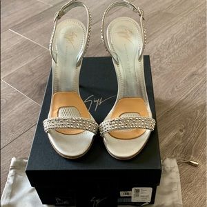 Magnificent Giuseppe Zanotti- crystal heels-7